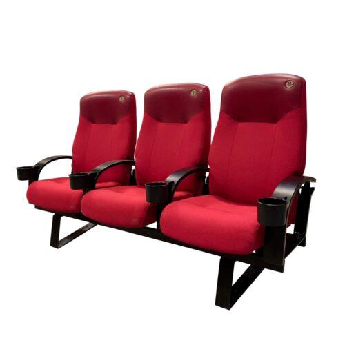 Skeie Lux, røde med træ armlæn, 3 stole